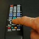 Bloß nicht umschalten: Serien machen süchtig! Günther Gumhold / pixelio.de