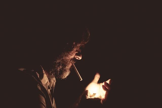 quit smoking-918884_640